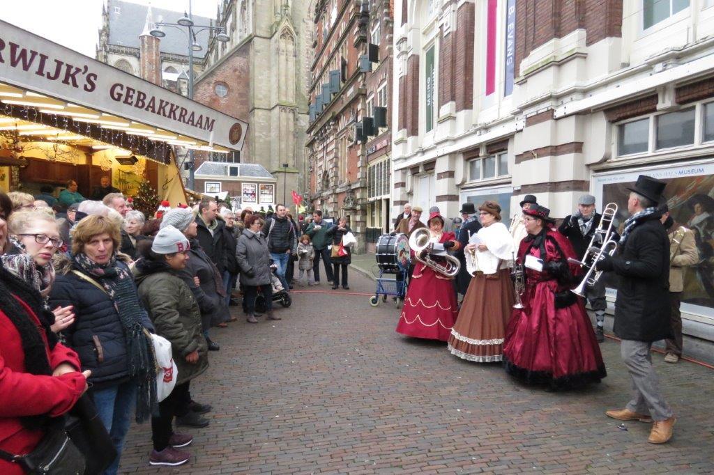 Kerstmarkt Haarlem Zondag 12 December 2016 De Muggenblazersde